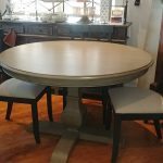 48″ Rd Dining Table & 4 chairs